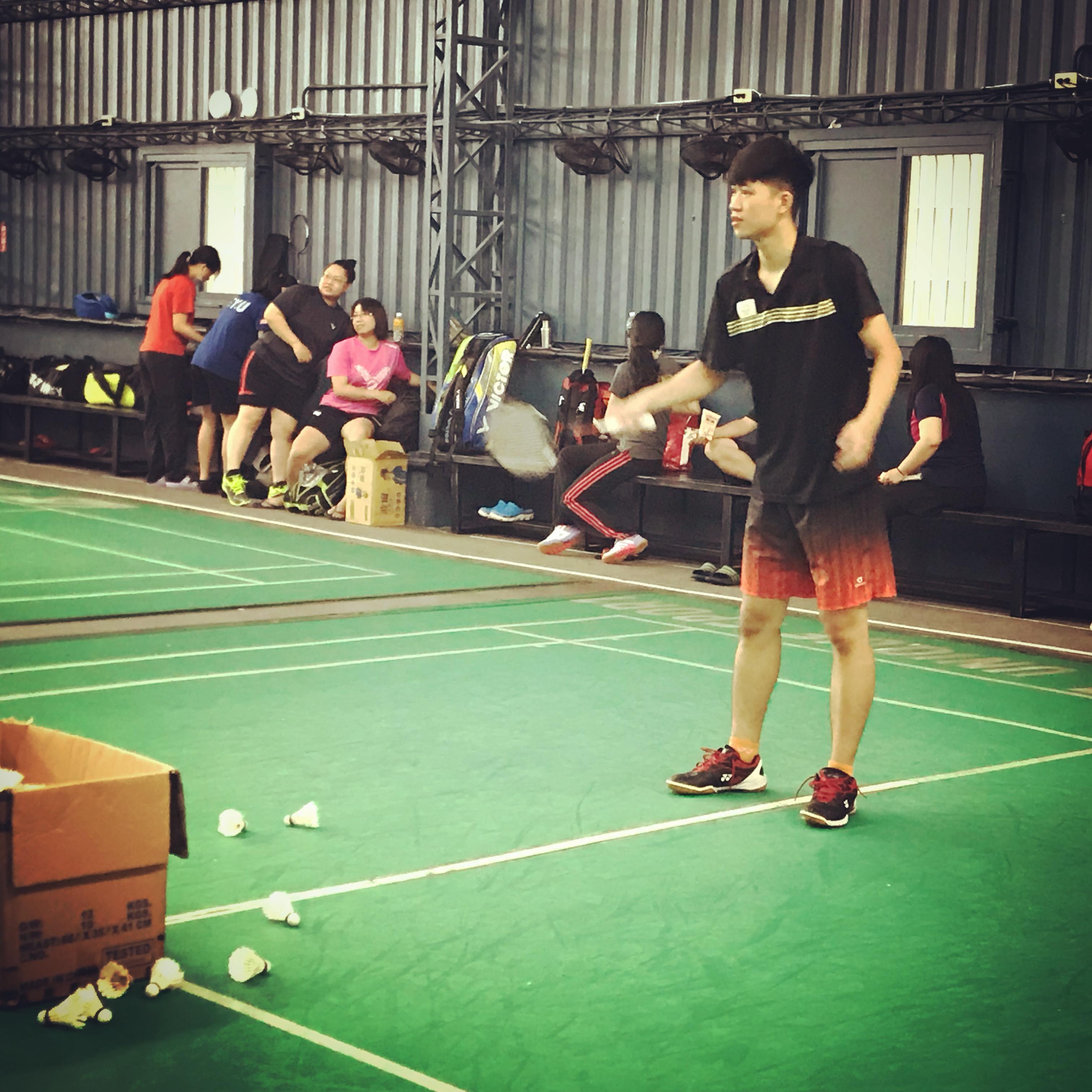 專業羽球教練