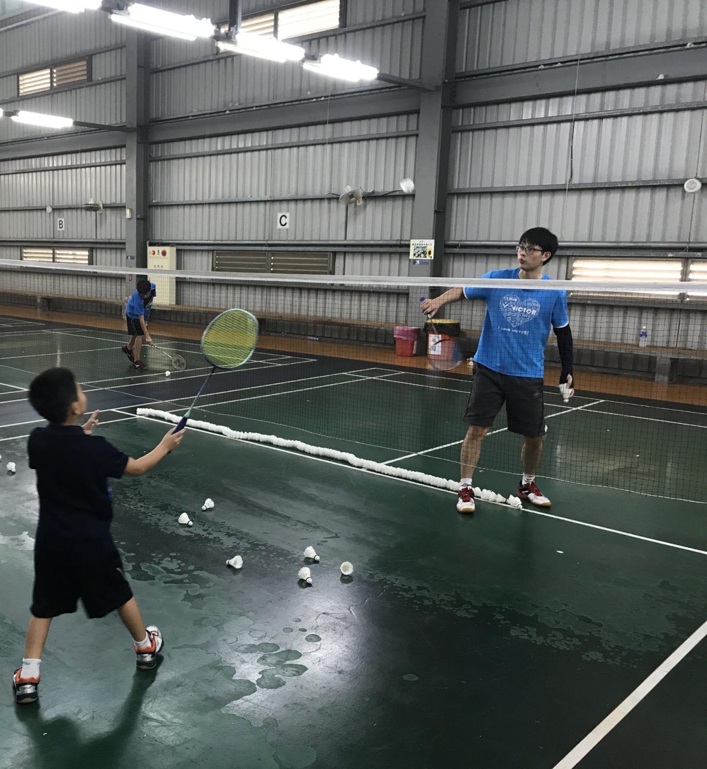 羽球初學者與中階者專業指導與訓練(佛系教練)